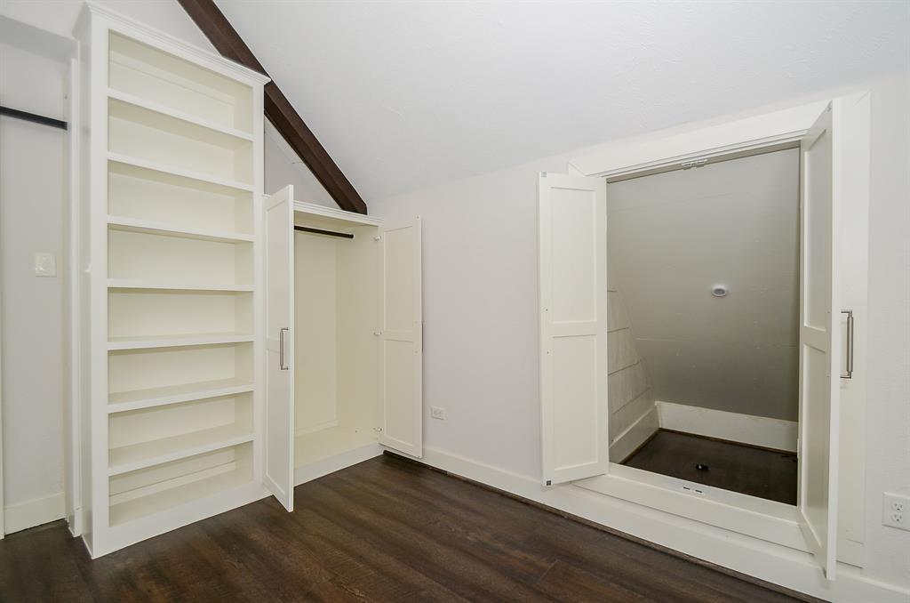 Sold Property   1313 Peden  Street Houston, TX 77006 44