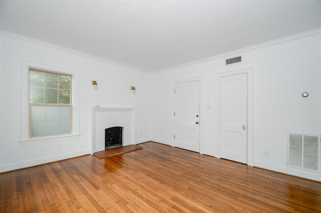 Sold Property   1313 Peden  Street Houston, TX 77006 7