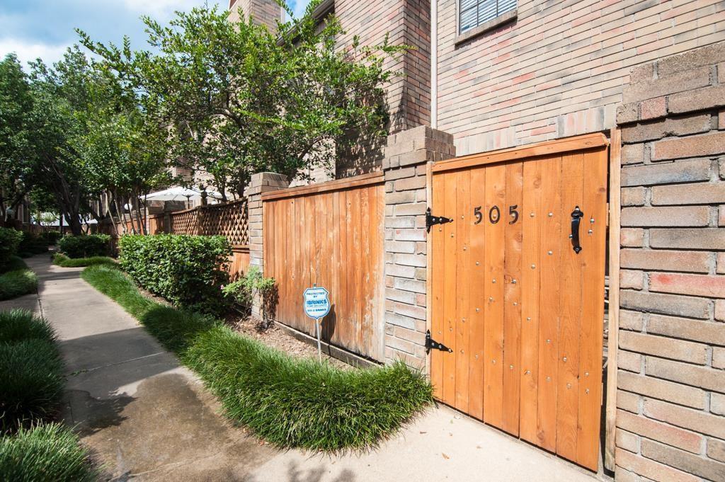 Active | 9850 Pagewood  Lane #505 Houston, TX 77042 1