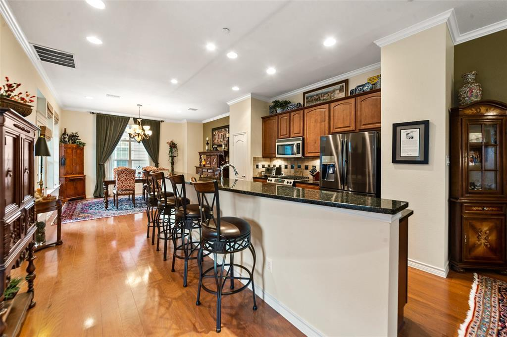 Sold Property | 5015 Parkview Place Addison, Texas 75001 11