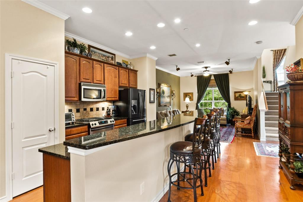 Sold Property | 5015 Parkview Place Addison, Texas 75001 16