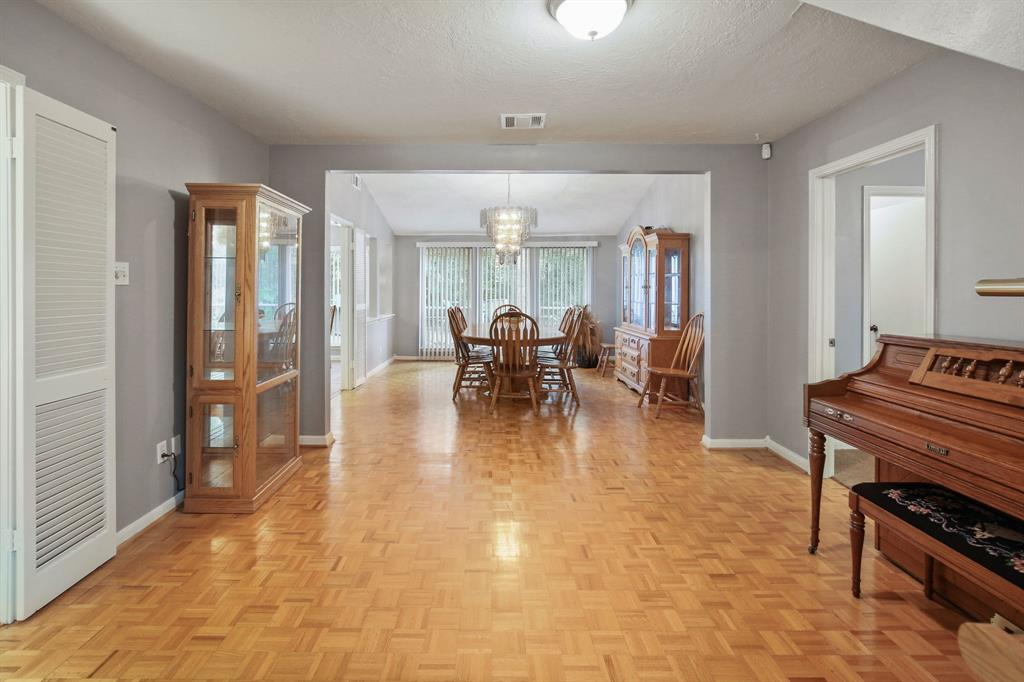 Option Pending | 10906 Loggers Luck Place The Woodlands, Texas 77380 10