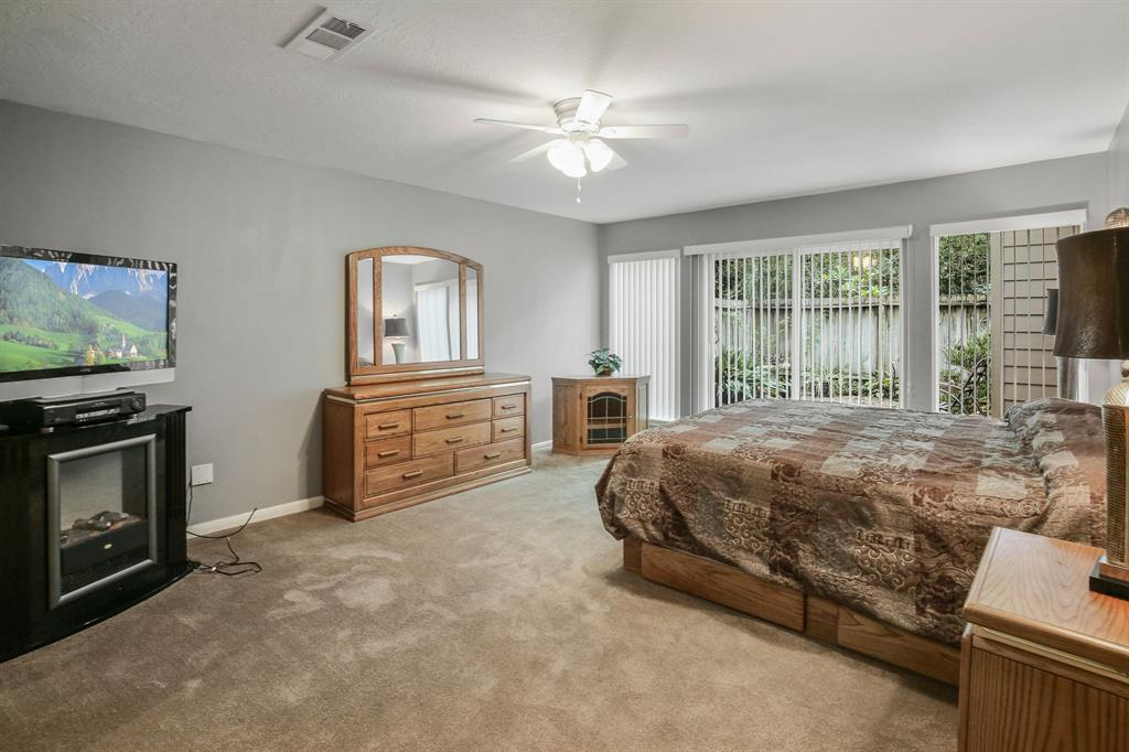 Option Pending | 10906 Loggers Luck Place The Woodlands, Texas 77380 17