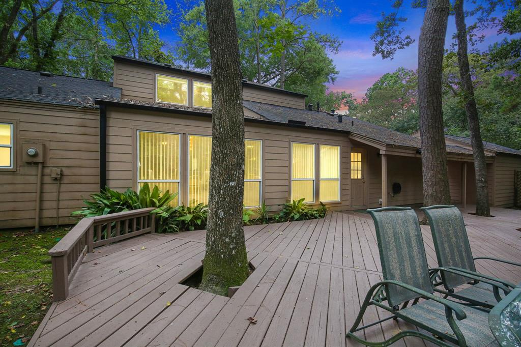 Option Pending | 10906 Loggers Luck Place The Woodlands, Texas 77380 4