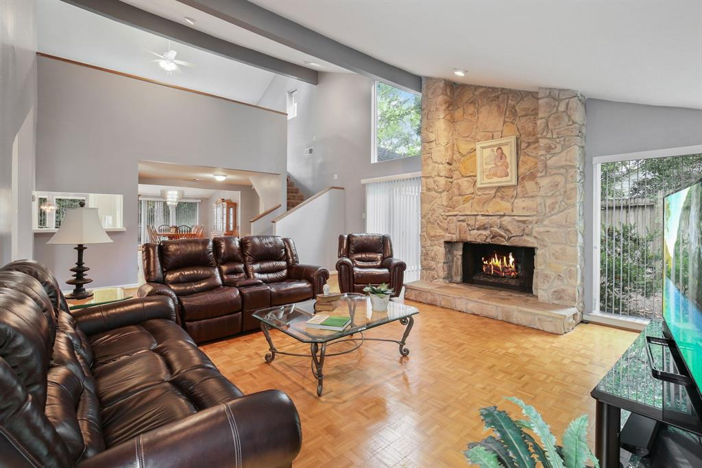 Option Pending | 10906 Loggers Luck Place The Woodlands, Texas 77380 7