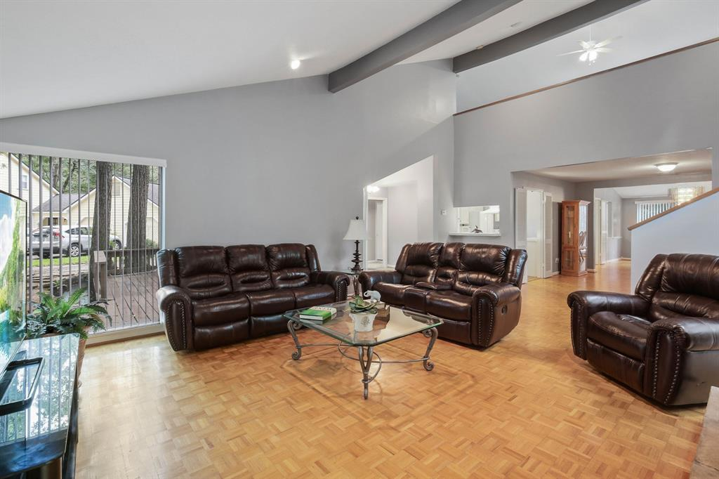 Option Pending | 10906 Loggers Luck Place The Woodlands, Texas 77380 8