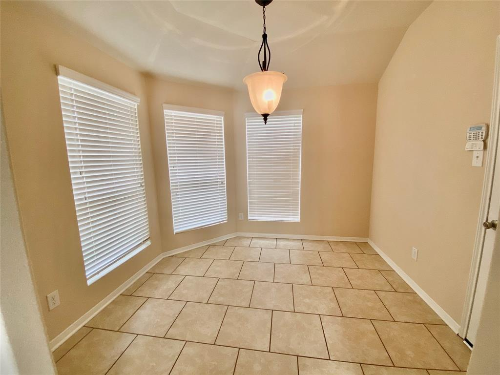 Pending Continue to Show | 3502 Apple Dale  Drive Houston, TX 77084 10