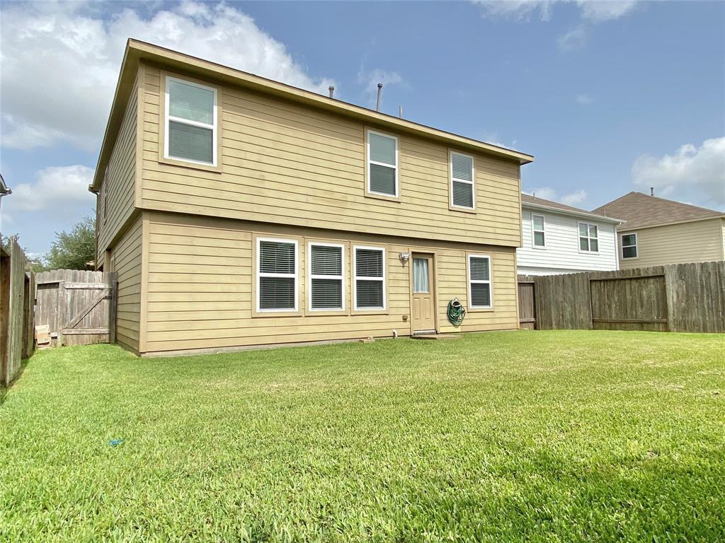 Pending Continue to Show | 3502 Apple Dale  Drive Houston, TX 77084 30