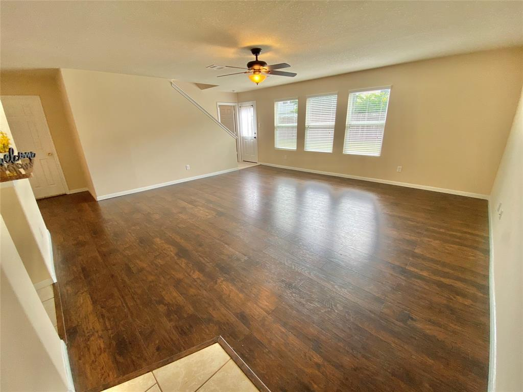 Pending Continue to Show | 3502 Apple Dale  Drive Houston, TX 77084 4