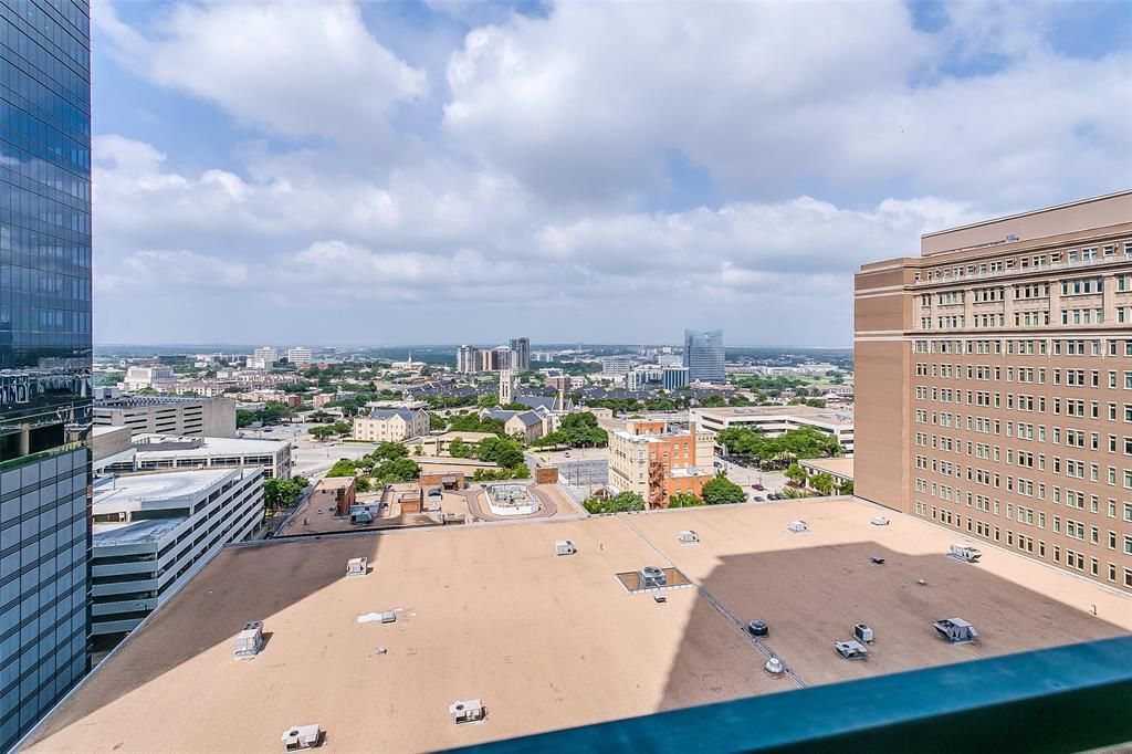 Active | 500 Throckmorton Street #1507 Fort Worth, Texas 76102 25