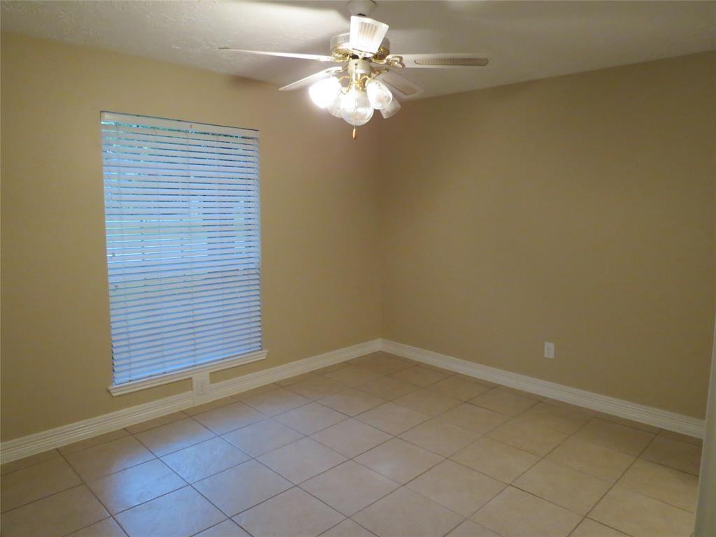Off Market | 6906 Pembrough  Lane Katy, TX 77494 14