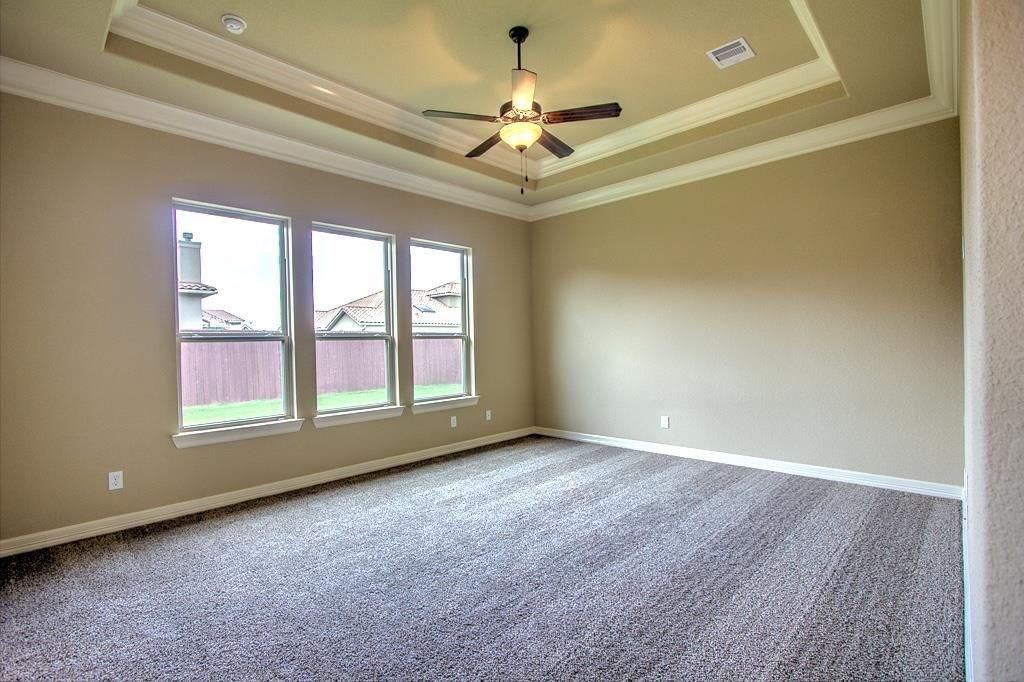 Option Pending | 63 silent circle drive Sugar Land, TX 77498 6