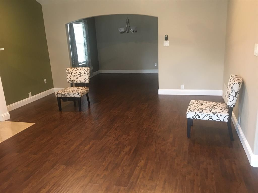 Leased | 1137 Janell  Drive Irving, TX 75062 2