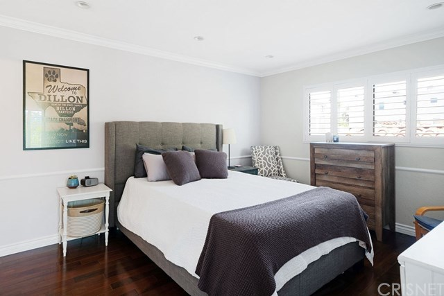 Closed | 839 S Holt  Avenue #101 Los Angeles, CA 90035 7