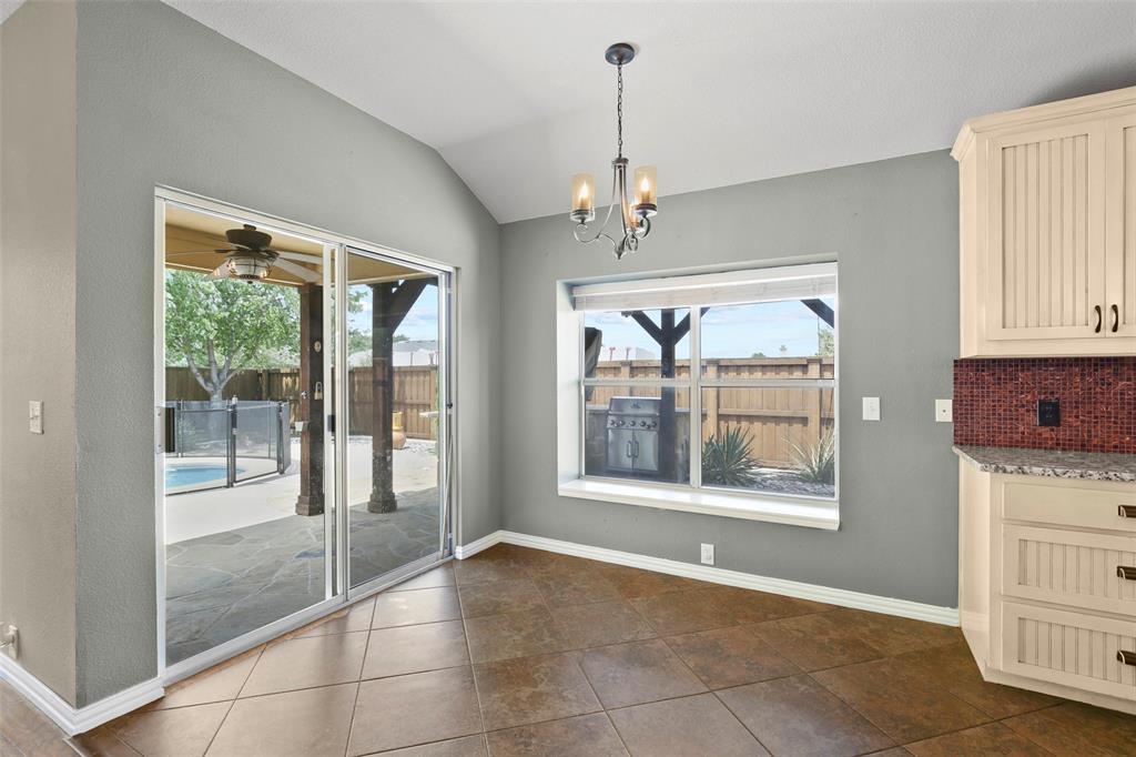 DFW Real Estate | 4100 Vinyard  Way Denton, TX 76226 12