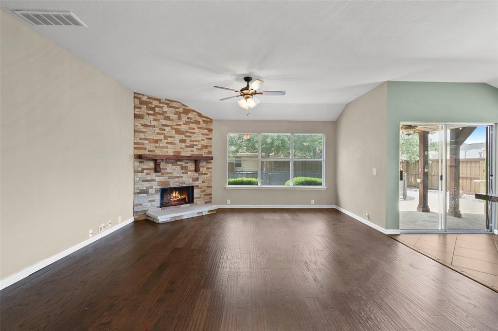 DFW Real Estate | 4100 Vinyard  Way Denton, TX 76226 15