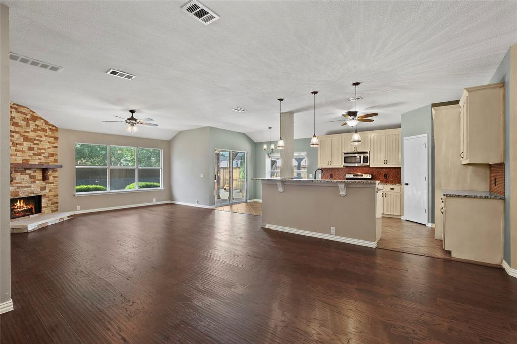 DFW Real Estate | 4100 Vinyard  Way Denton, TX 76226 16