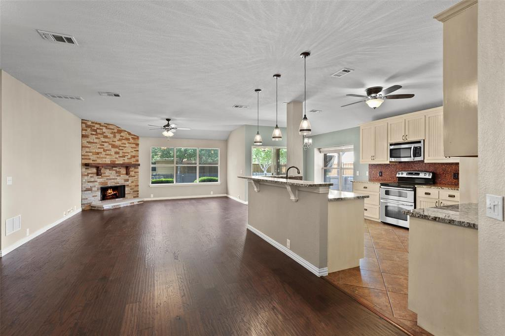 DFW Real Estate | 4100 Vinyard  Way Denton, TX 76226 6
