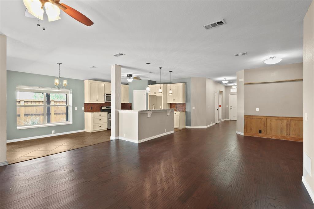 DFW Real Estate | 4100 Vinyard  Way Denton, TX 76226 7