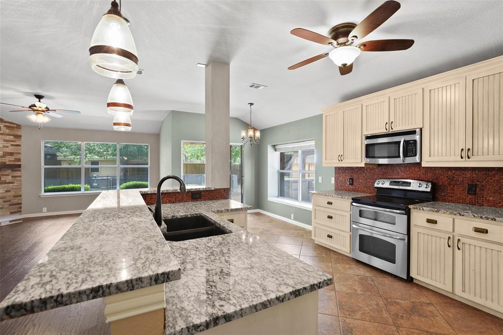 DFW Real Estate | 4100 Vinyard  Way Denton, TX 76226 9