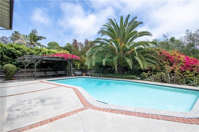Closed | 2204 Via Alamitos Palos Verdes Estates, CA 90274 21