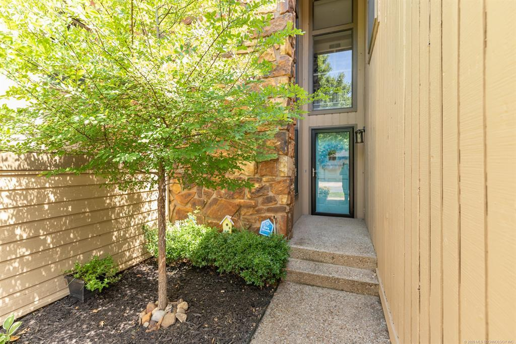 Active | 5804 S Atlanta Avenue  #41 Tulsa, OK 74105 3