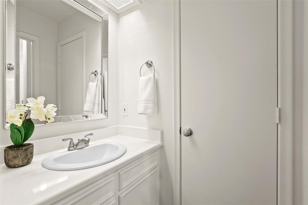 DFW Real Estate | 318 Ridgewood  Drive Richardson, TX 75080 20