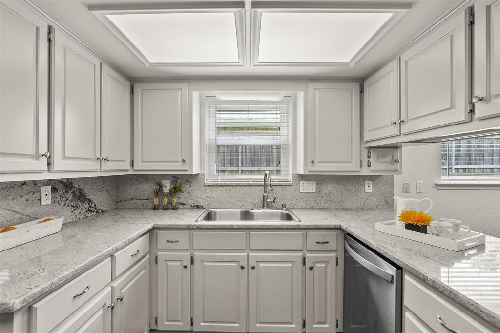DFW Real Estate | 318 Ridgewood  Drive Richardson, TX 75080 9