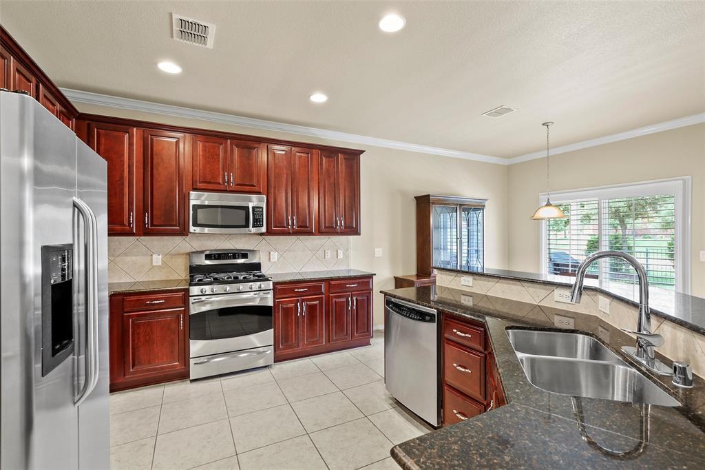Sold Property | 1026 Carrington Greens Drive Frisco, Texas 75036 8