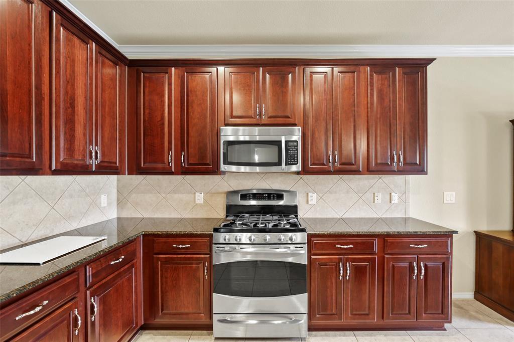 Sold Property | 1026 Carrington Greens Drive Frisco, Texas 75036 9