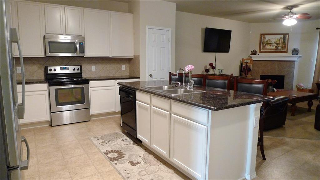 Sold Property | 9930 Lexington Drive Providence Village, Texas 76227 3