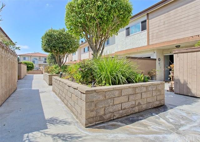 Active   2520 Graham  Avenue #4 Redondo Beach, CA 90278 4