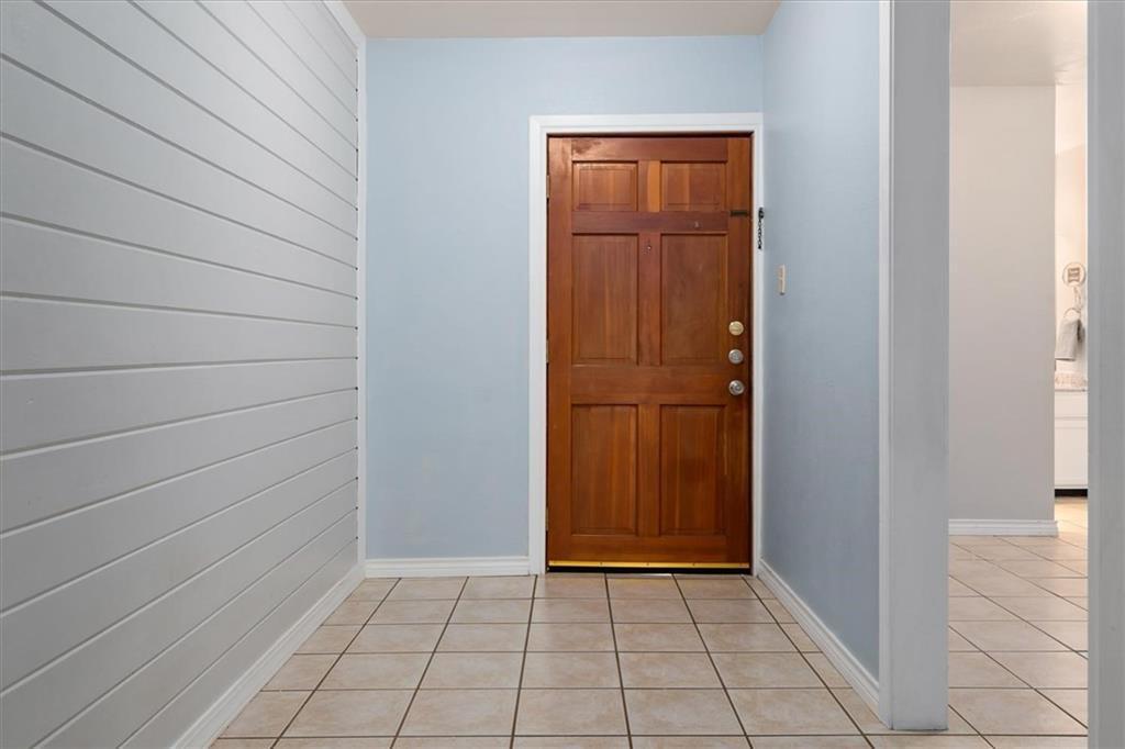 Sold Property | 1214 Barton Hills  DR #206 Austin, TX 78704 11