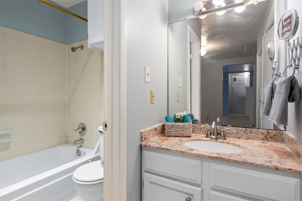 Sold Property | 1214 Barton Hills  DR #206 Austin, TX 78704 9