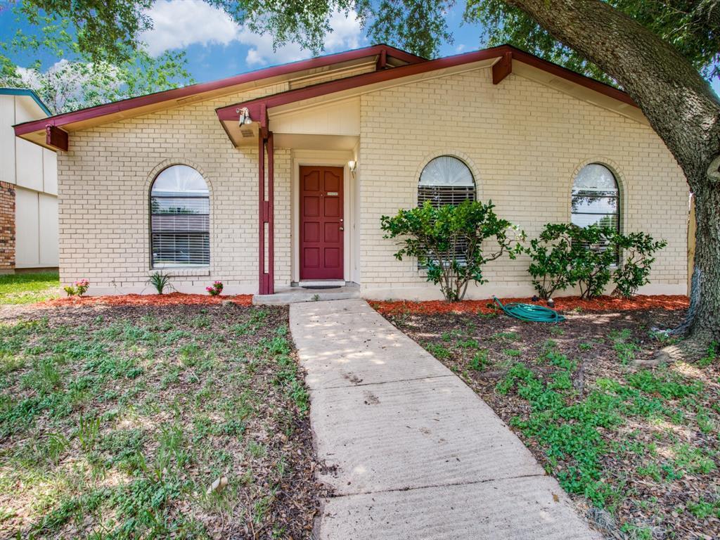 Sold Property | 7229 Hardwood Trail Dallas, Texas 75249 2