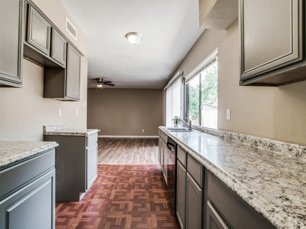 Sold Property | 7229 Hardwood Trail Dallas, Texas 75249 12
