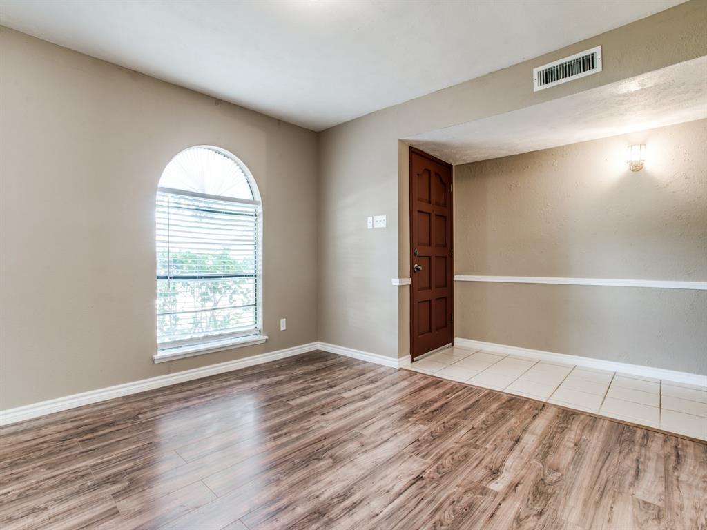 Sold Property | 7229 Hardwood Trail Dallas, Texas 75249 3