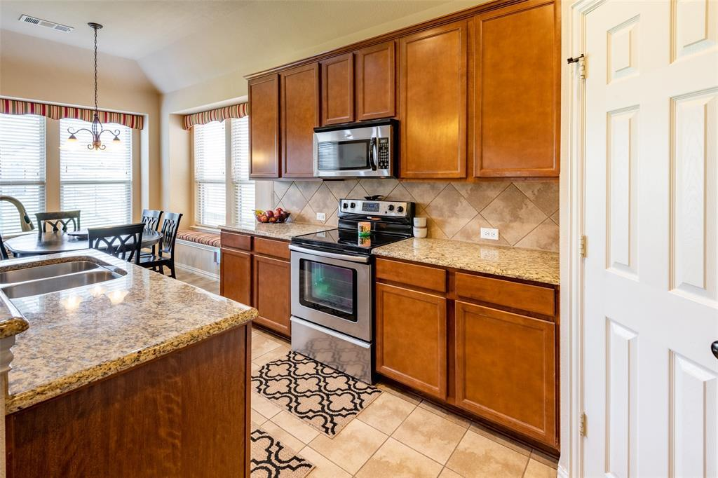 Sold Property | 1216 Realoaks  Drive Fort Worth, TX 76131 16
