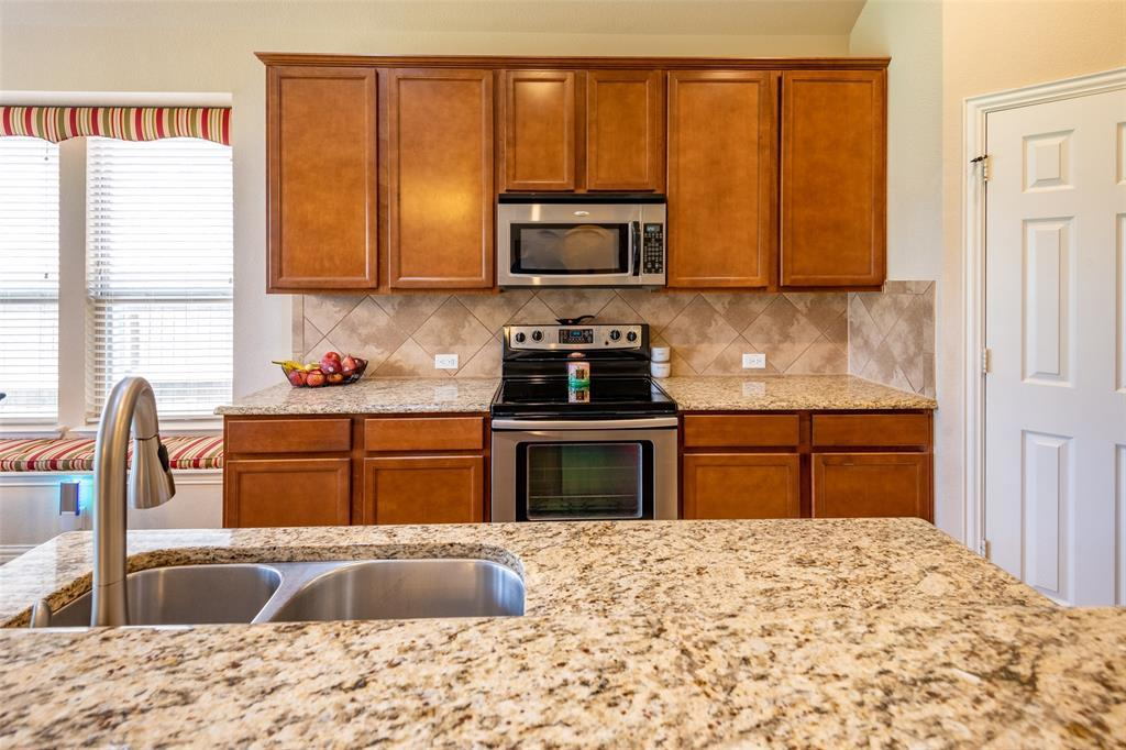 Sold Property | 1216 Realoaks  Drive Fort Worth, TX 76131 17