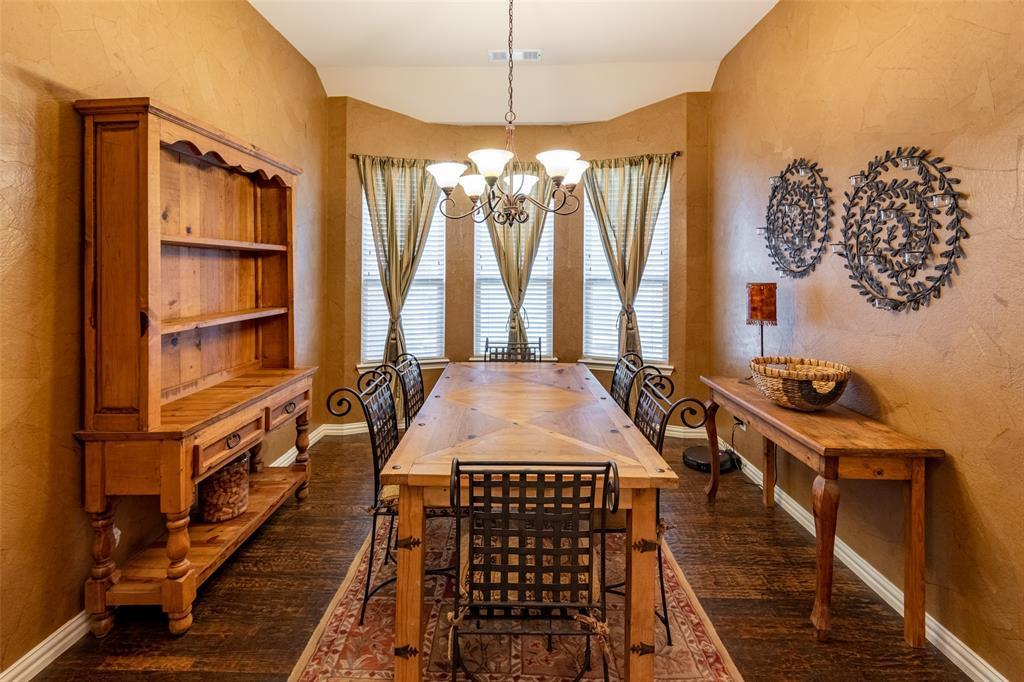 Sold Property | 1216 Realoaks  Drive Fort Worth, TX 76131 7