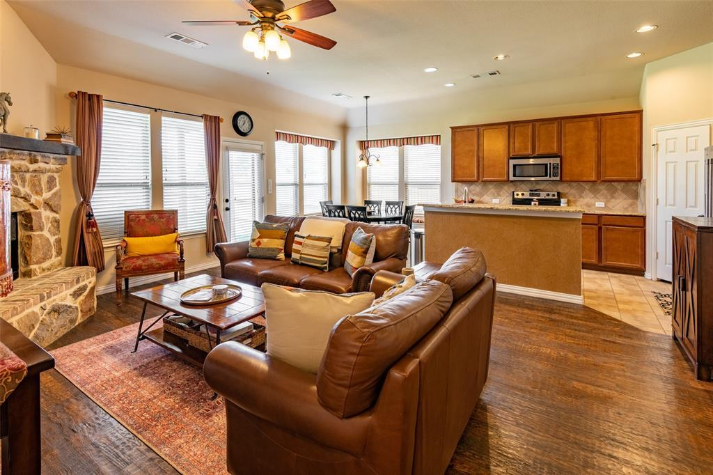 Sold Property | 1216 Realoaks  Drive Fort Worth, TX 76131 9