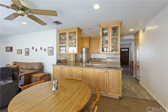 Active Under Contract   1704 Autumnglow  Drive Diamond Bar, CA 91765 14