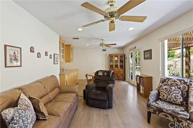 Active Under Contract   1704 Autumnglow  Drive Diamond Bar, CA 91765 17