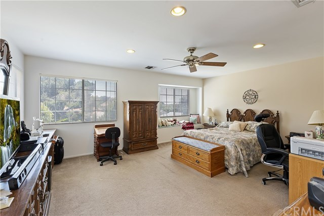 Active Under Contract   1704 Autumnglow  Drive Diamond Bar, CA 91765 31