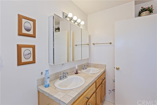 Active Under Contract   1704 Autumnglow  Drive Diamond Bar, CA 91765 38
