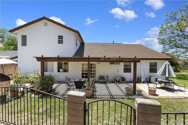 Active Under Contract   1704 Autumnglow  Drive Diamond Bar, CA 91765 39