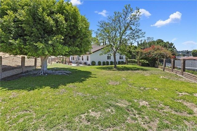 Active Under Contract   1704 Autumnglow  Drive Diamond Bar, CA 91765 42