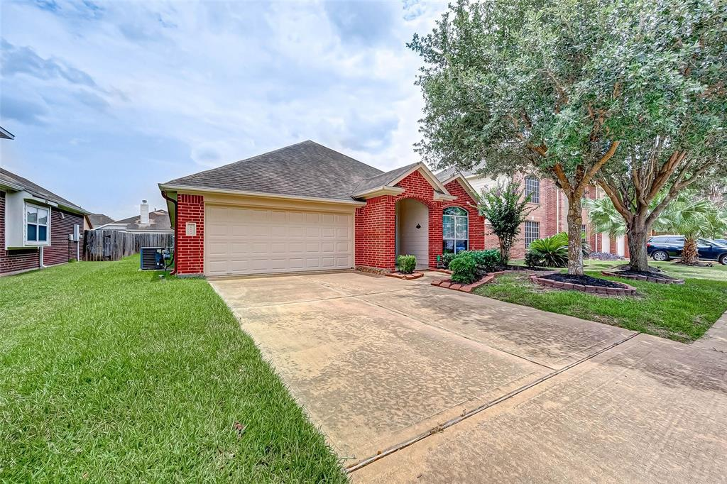 Off Market | 10022 Rain Cloud  Drive Houston, TX 77095 4