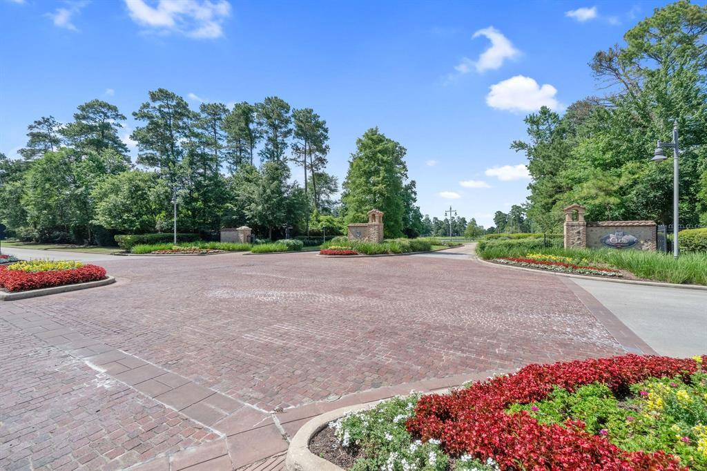 Active | 19 Cantwell Way The Woodlands, Texas 77382 19