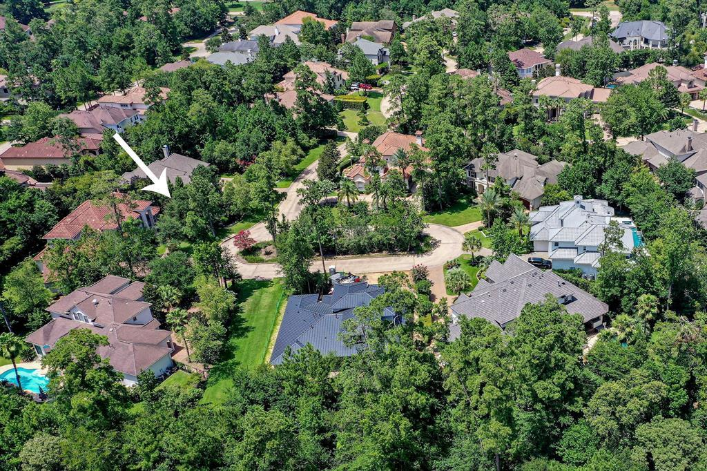 Active | 19 Cantwell Way The Woodlands, Texas 77382 2
